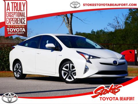 Pre-Owned 2017 Toyota Prius Four Touring FWD 5D Hatchback